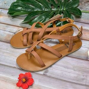 Billabong: Tan Linez Sandals